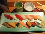 20111008-Tsukiji_Sushi.JPG